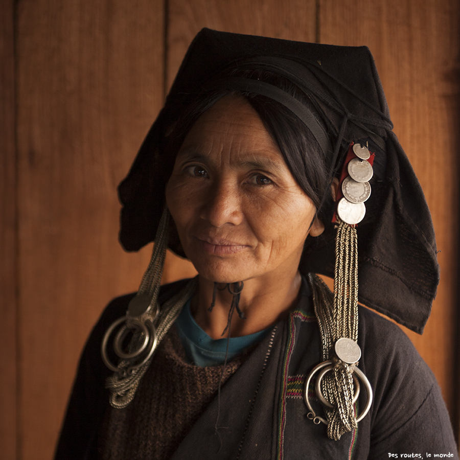 La femme du chef du village Akha