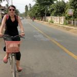 Céline fait du vélo