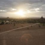 Coucher de soleil sur les temples