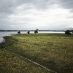 Rive du lac Taungthaman