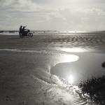 Et oui, une moto sur la plage