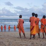 Des hindouistes en orange