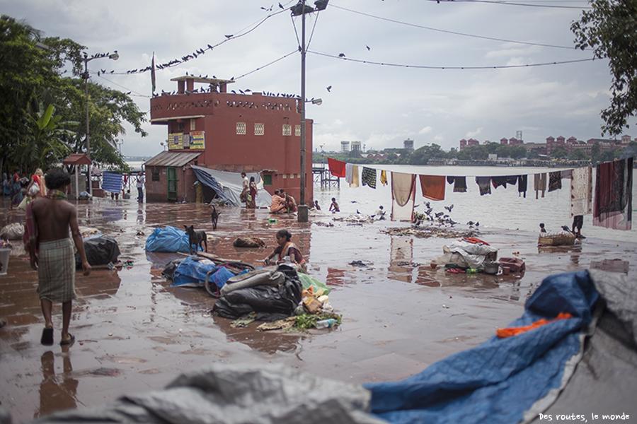 Le ghat du marché aux fleurs