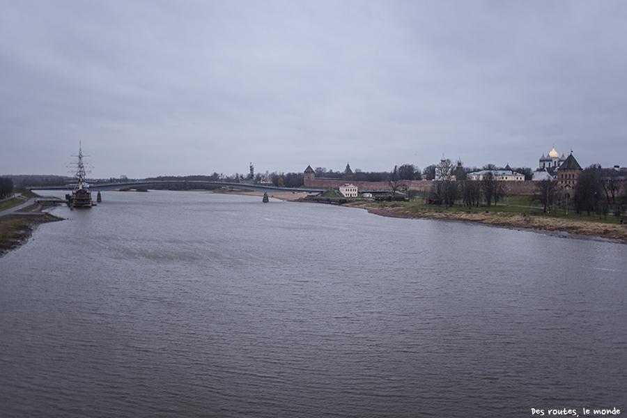 Vue sur le Kremlin de Novgorod