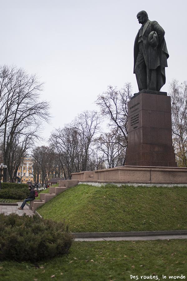 Statue de Chevtchenko